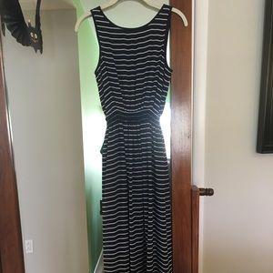 Max Studio Sleeveless Maxi Dress
